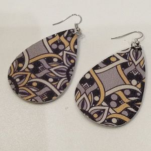 Jewelry - New vegan leather earrings
